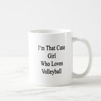 Soy ese chica lindo que ama voleibol taza básica blanca
