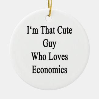 Soy ese individuo lindo que ama la economía adorno navideño redondo de cerámica