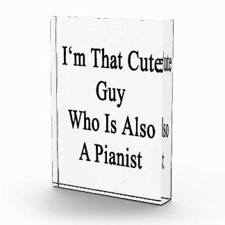 Soy ese individuo lindo que es también pianista