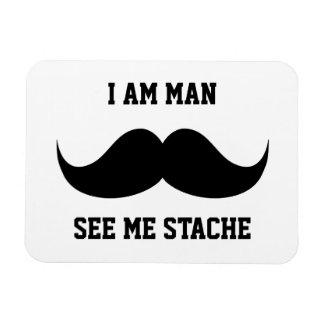 Soy hombre me veo bigote del bigote del stach dive imán de vinilo