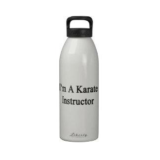 Soy instructor del karate botellas de beber