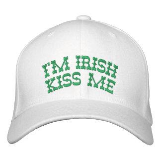 Soy irlandés me beso monograma en la parte poster gorra de béisbol