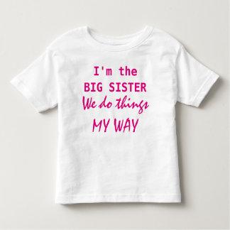 Soy la hermana grande playera de bebé