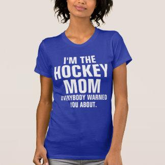Soy la mamá del hockey tee shirts