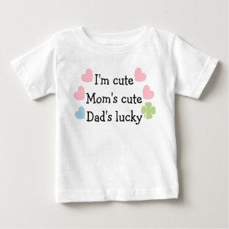 ¡Soy lindo, la mamá linda, papá afortunado! Playera De Bebé