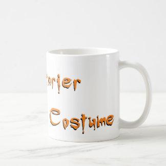 Soy más asustadizo sin un traje tazas de café
