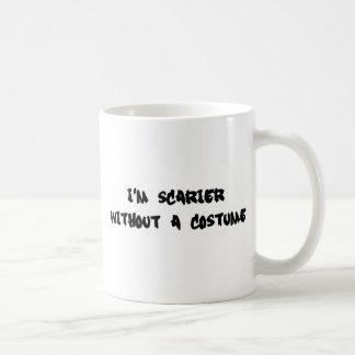 Soy más asustadizo sin un traje taza de café