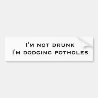 Soy no bebido yo estoy esquivando agujeros pegatina para auto