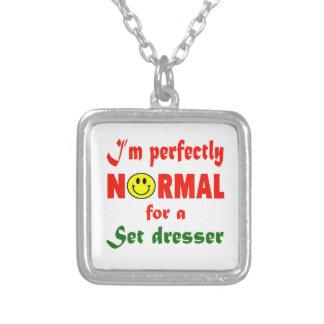 Soy perfectamente normal para un aparador del colgante cuadrado