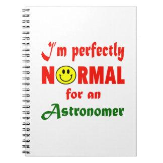Soy perfectamente normal para un astrónomo libretas
