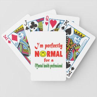 Soy perfectamente normal para un professio de la barajas de cartas
