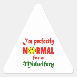 Soy perfectamente normal para una obstetricia pegatina triangular