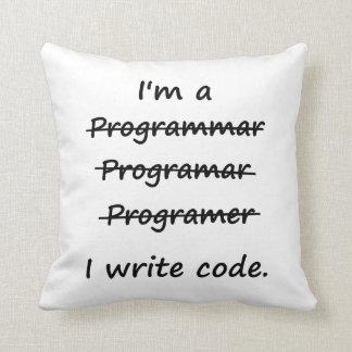 Soy programador que escribo el abecedario del malo cojin
