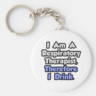 Soy terapeuta respiratorio, por lo tanto bebo llavero redondo tipo pin