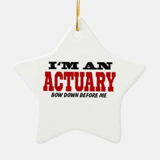 Soy un actuario arqueo abajo antes de mí adorno navideño de cerámica en forma de estrella