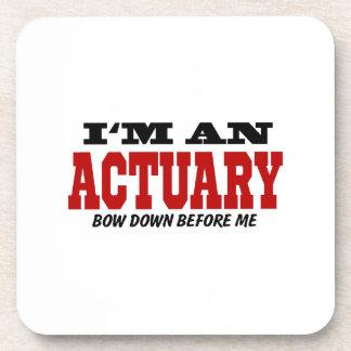 Soy un actuario arqueo abajo antes de mí posavaso
