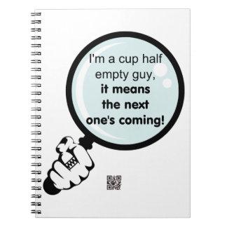 Soy un cuaderno semivacío de la taza