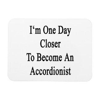 Soy un día más cercano a hago acordeonista iman rectangular