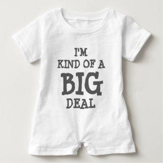 Soy un poco un mameluco del bebé de la gran cosa