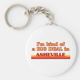 Soy un poco una GRAN COSA en Asheville Llavero Personalizado