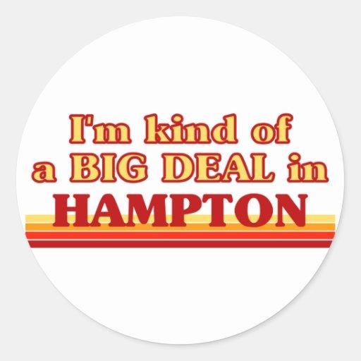 Soy un poco una GRAN COSA en Hampton Etiqueta Redonda