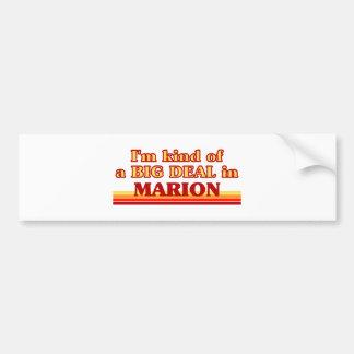 Soy un poco una GRAN COSA en Marion Pegatina De Parachoque