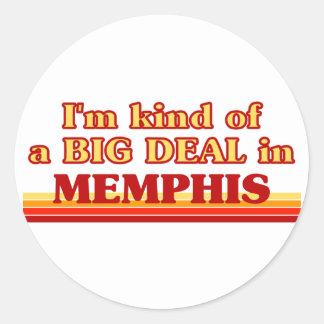 Soy un poco una GRAN COSA en Memphis Pegatina Redonda