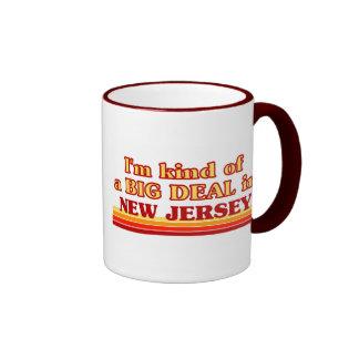 Soy un poco una GRAN COSA en New Jersey Taza De Dos Colores