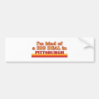 Soy un poco una GRAN COSA en Pittsburgh Etiqueta De Parachoque