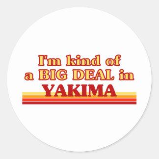 Soy un poco una GRAN COSA en Yakima Etiquetas Redondas