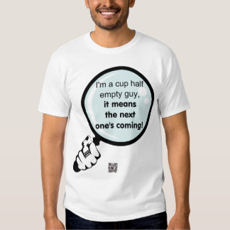 Soy una camiseta de los hombres semivacíos de la camisas