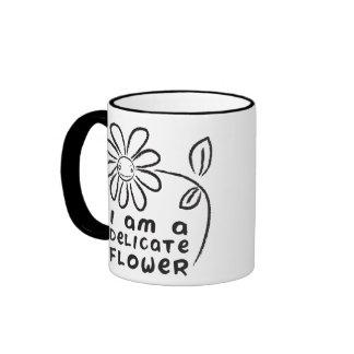 Soy una flor delicada taza de dos colores