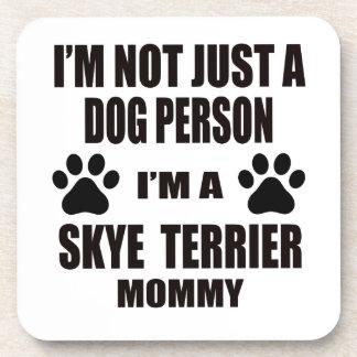 Soy una mamá de Skye Terrier Posavasos De Bebida