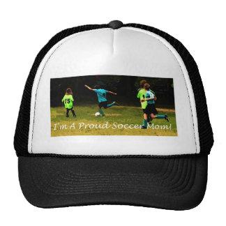 ¡Soy una mamá orgullosa del fútbol! Gorras De Camionero