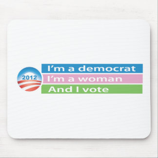 ¡Soy una mujer y voto! Alfombrillas De Ratón