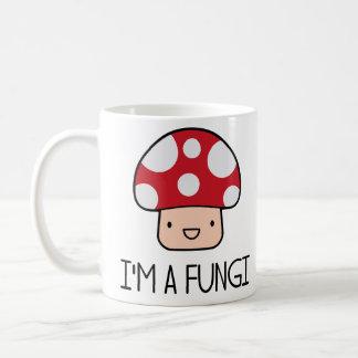 Soy una seta del individuo de la diversión de los  taza
