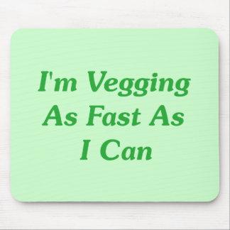 Soy Vegging tan rápidamente como puedo Mouse Pads