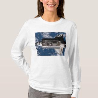 Space Shuttle Atlantis 2 T-Shirt