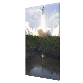 Space Shuttle Atlantis lifts off 14 Canvas Print