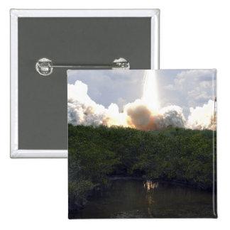 Space Shuttle Atlantis lifts off 14 Pinback Button