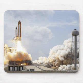 Space Shuttle Atlantis lifts off 21 Mouse Pad