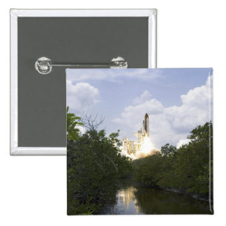 Space Shuttle Atlantis lifts off 25 Button