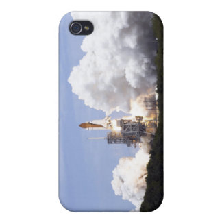 Space Shuttle Atlantis lifts off 27 iPhone 4 Case