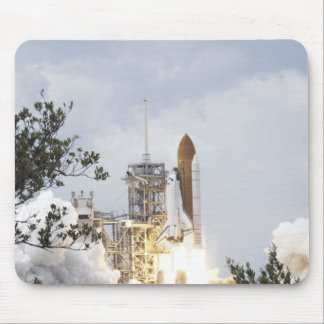 Space Shuttle Atlantis lifts off 3 Mouse Pad