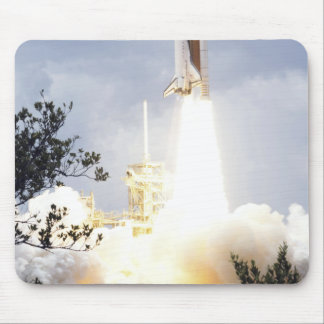 Space Shuttle Atlantis lifts off 4 Mouse Pad