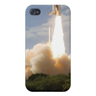 Space Shuttle Atlantis lifts off 8 iPhone 4 Cover