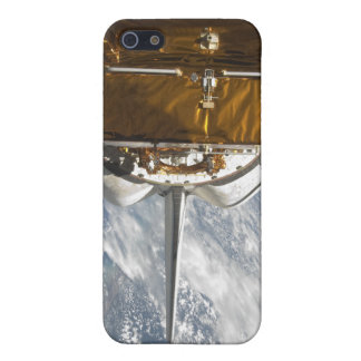 Space Shuttle Atlantis' payload bay backdropped Case For iPhone SE/5/5s