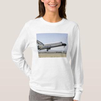 Space Shuttle Atlantis prepares for landing 2 T-Shirt