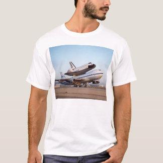 Space shuttle & Boeing 747 (jumbo jet) T-Shirt