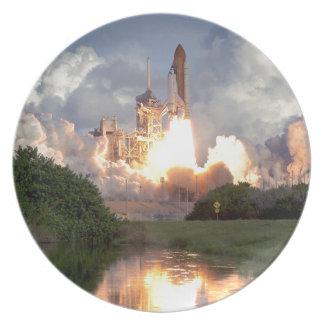 Space shuttle dinner plate